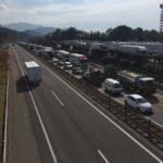 名神高速上りで渋滞の理由や原因は?多重事故(多賀SA付近)「全く動かない」